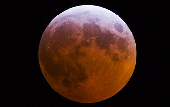 Super eclissi di Luna