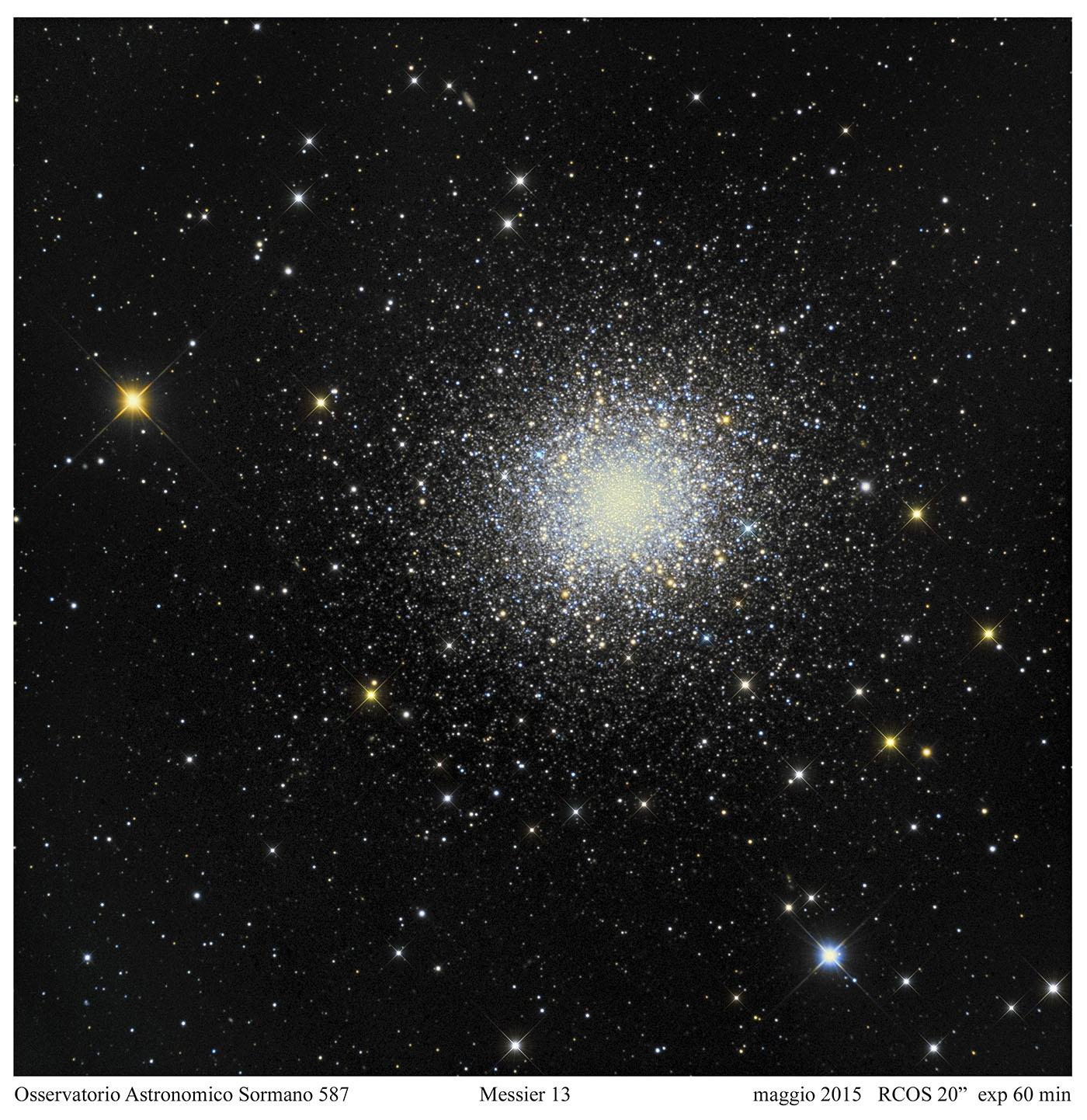 Una nebulosa rotonda, priva di stelle