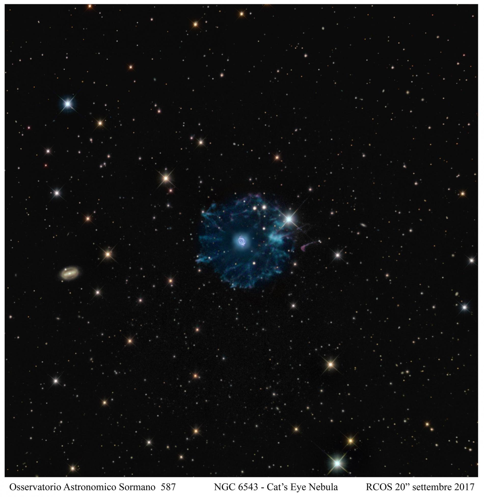 NGC 6543, un gatto dai molteplici misteri