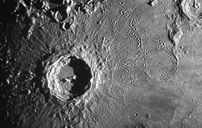 Copernico, Eratosthenes e Crateri Fantasma.