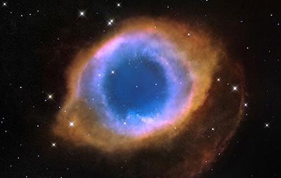 Helix nebula: 5 miliardi di anni in un secondo