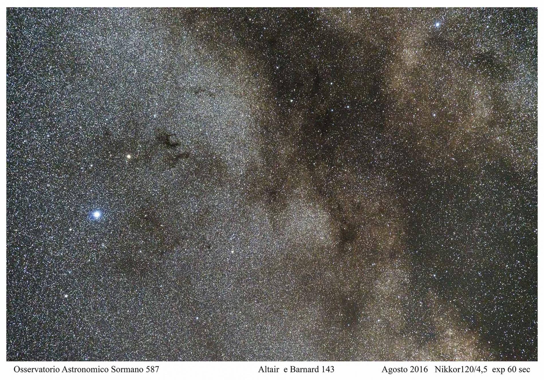 Foto Osservatorio  - Oscure lettere nel cielo